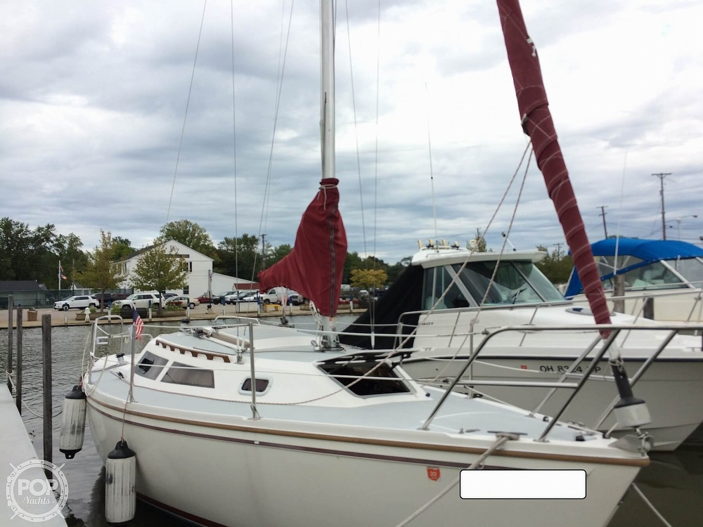 1991 Catalina Yachts boat for sale, model of the boat is Capri 26 & Image # 29 of 40