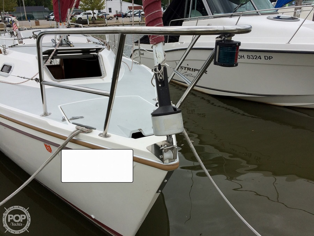 1991 Catalina Yachts boat for sale, model of the boat is Capri 26 & Image # 34 of 40
