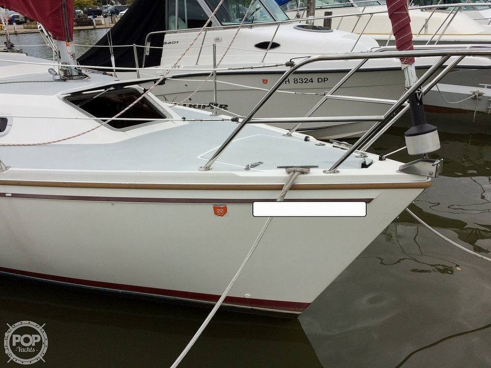 1991 Catalina Yachts boat for sale, model of the boat is Capri 26 & Image # 37 of 40
