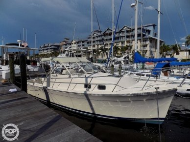 Mainship Pilot, 30', for sale - $74,000