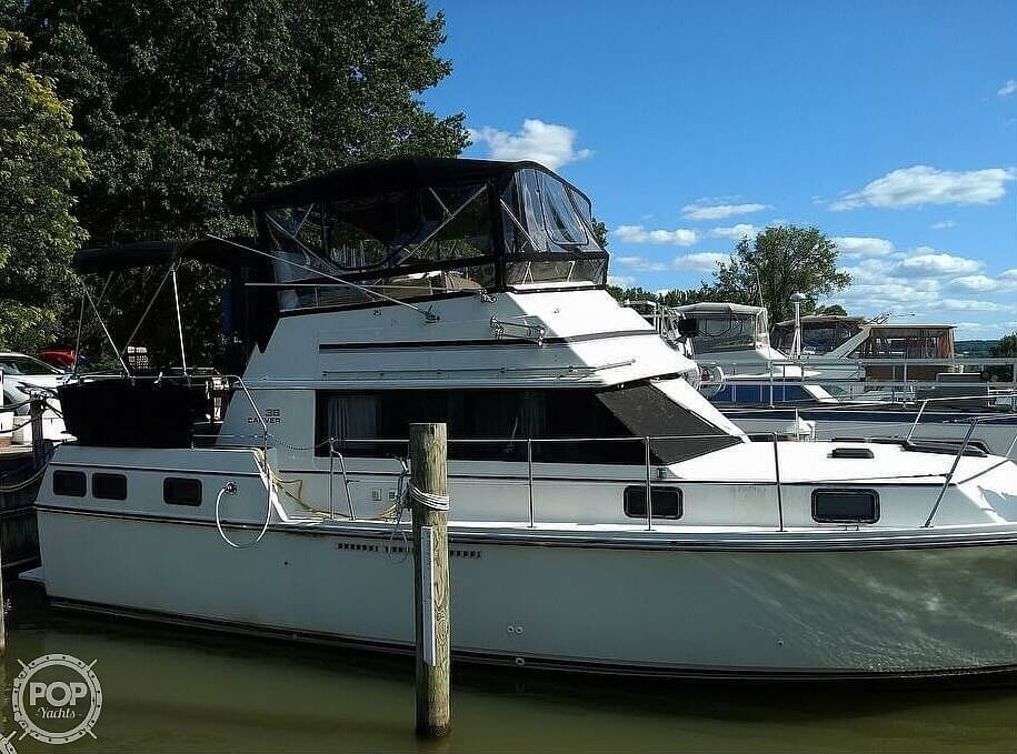 1982 Carver boat for sale, model of the boat is 3607 Aft Cabin & Image # 19 of 40