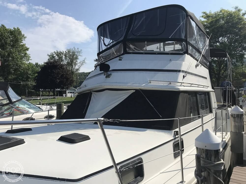 1982 Carver boat for sale, model of the boat is 3607 Aft Cabin & Image # 36 of 40