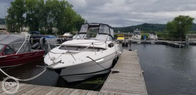 2005 Regal 3360 Window Express Cruiser
