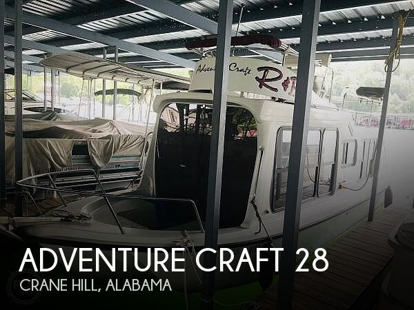 Used Houseboats For Sale in Alabama by owner | 2001 Adventure Craft 28