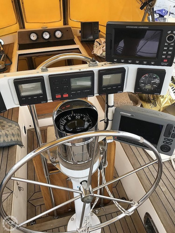 1991 Tayana boat for sale, model of the boat is 55 & Image # 32 of 40