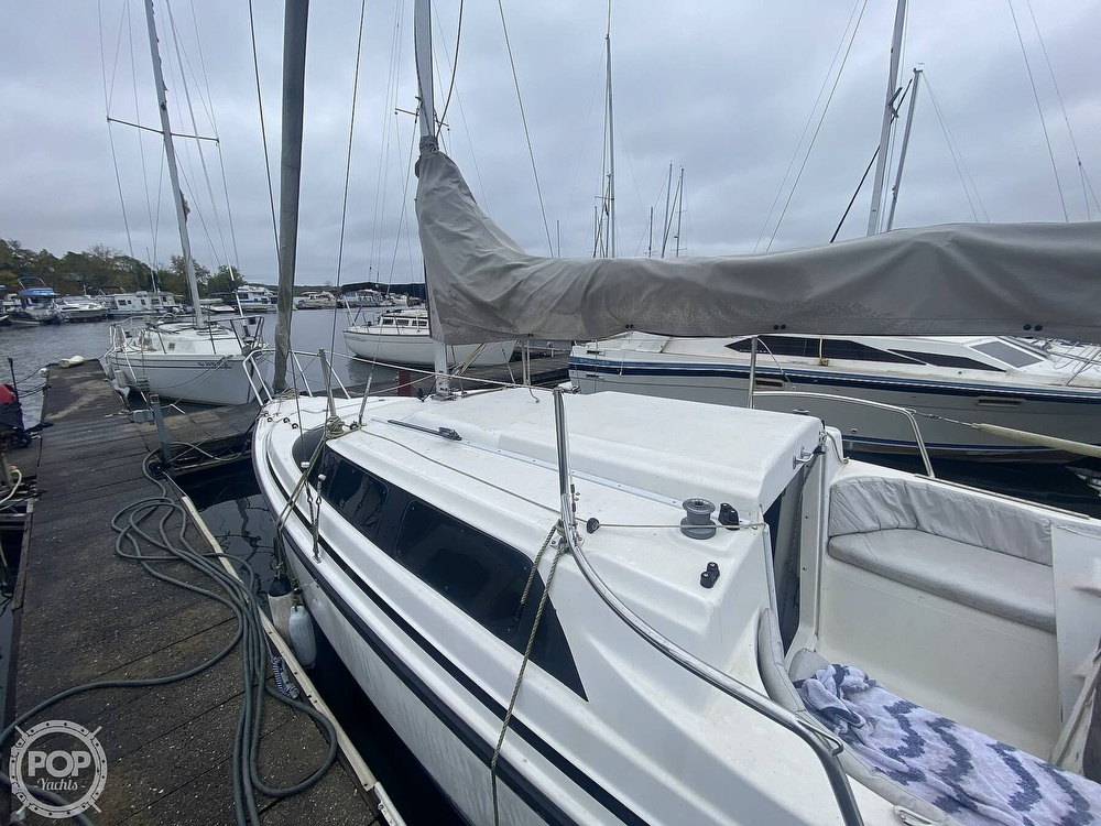 1999 Macgregor boat for sale, model of the boat is 26X & Image # 17 of 41