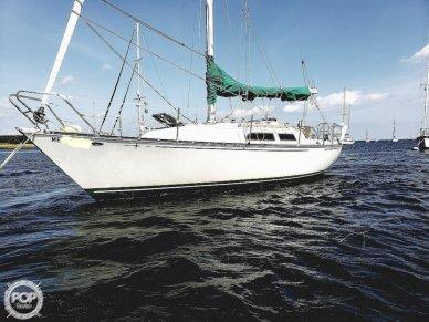 C & C Yachts 32, 32, for sale - $20,000