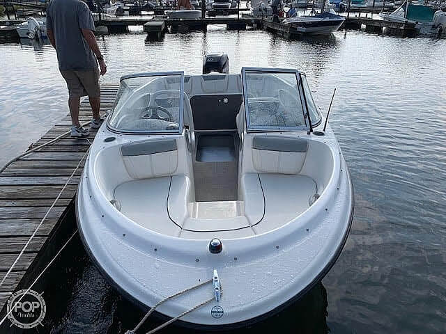 2012 Bayliner boat for sale, model of the boat is 180 Capri BR & Image # 14 of 27