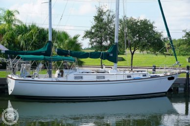 Pearson 365 Ketch, 36', for sale - $40,000