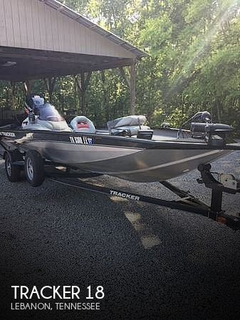 Used Ski Boats For Sale in Nashville, Tennessee by owner | 2013 Tracker 18