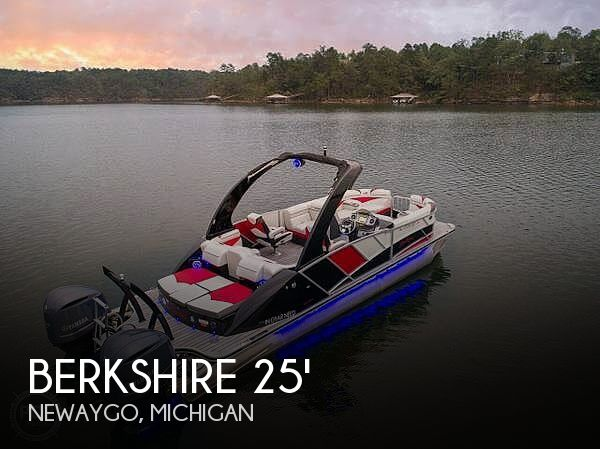 Used Boats For Sale in Grand Rapids, Michigan by owner | 2014 Berkshire 250 Sport