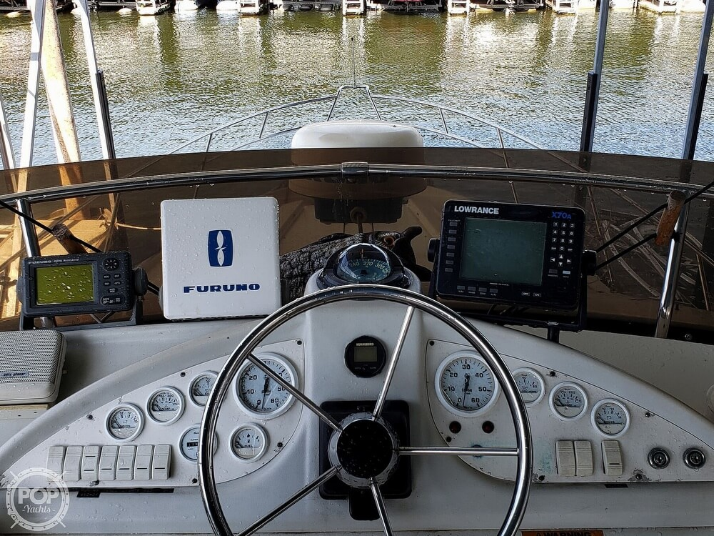 1994 Silverton boat for sale, model of the boat is 362 Sedan & Image # 8 of 40