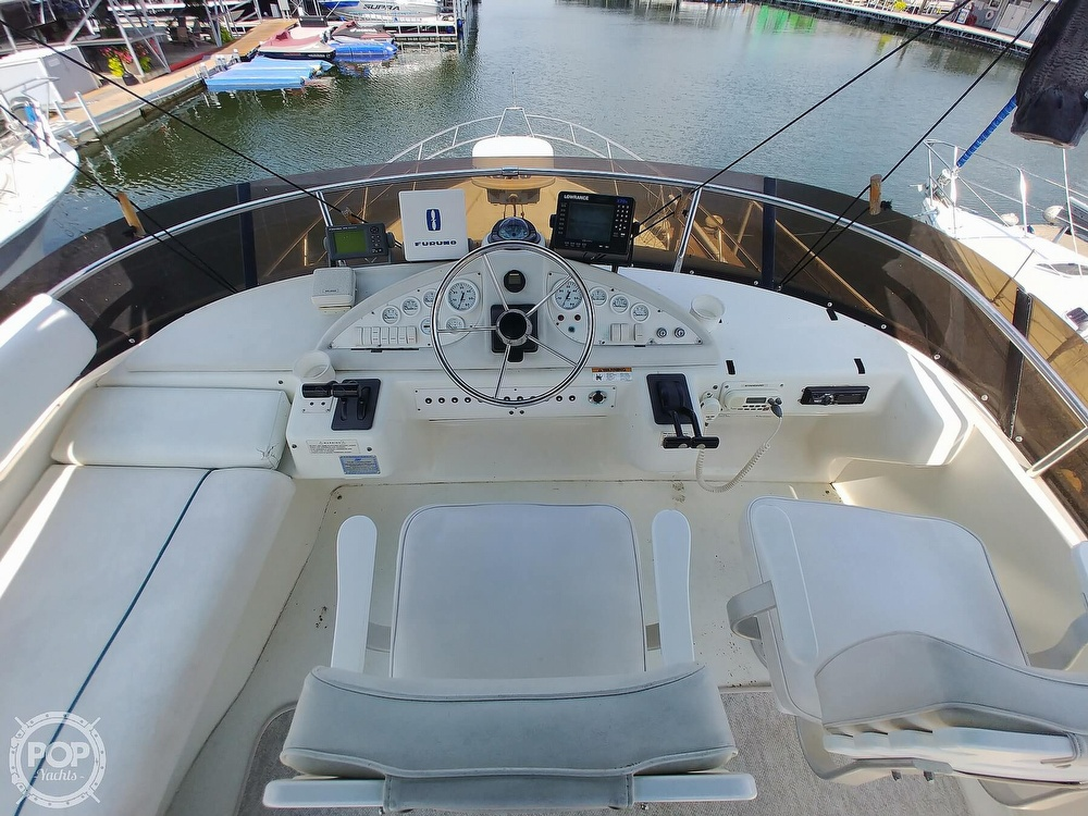 1994 Silverton boat for sale, model of the boat is 362 Sedan & Image # 17 of 40
