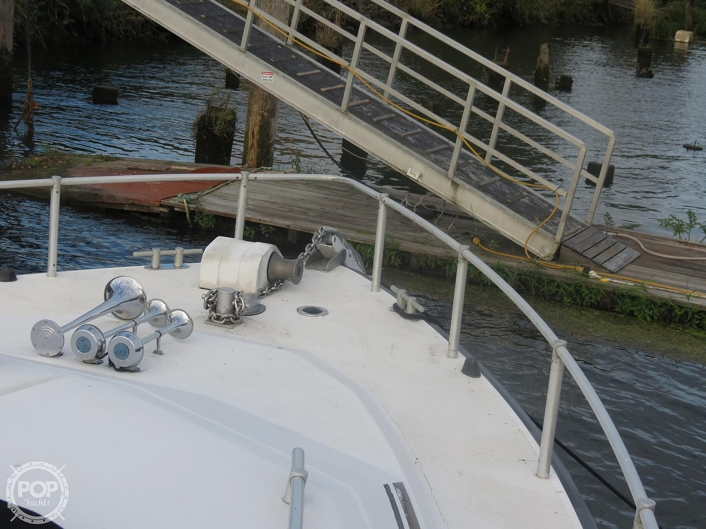 1990 Mainship boat for sale, model of the boat is 39 & Image # 19 of 40