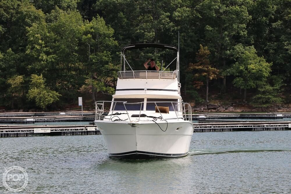1984 Viking boat for sale, model of the boat is 35 Convertible & Image # 7 of 40