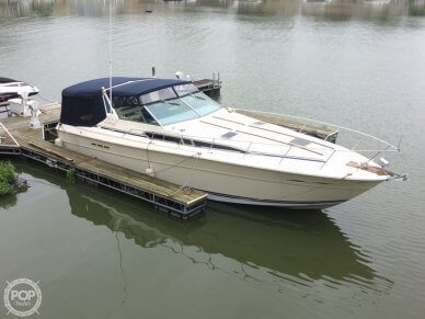 Sea Ray 390 Express Cruiser, 39', for sale - $24,900