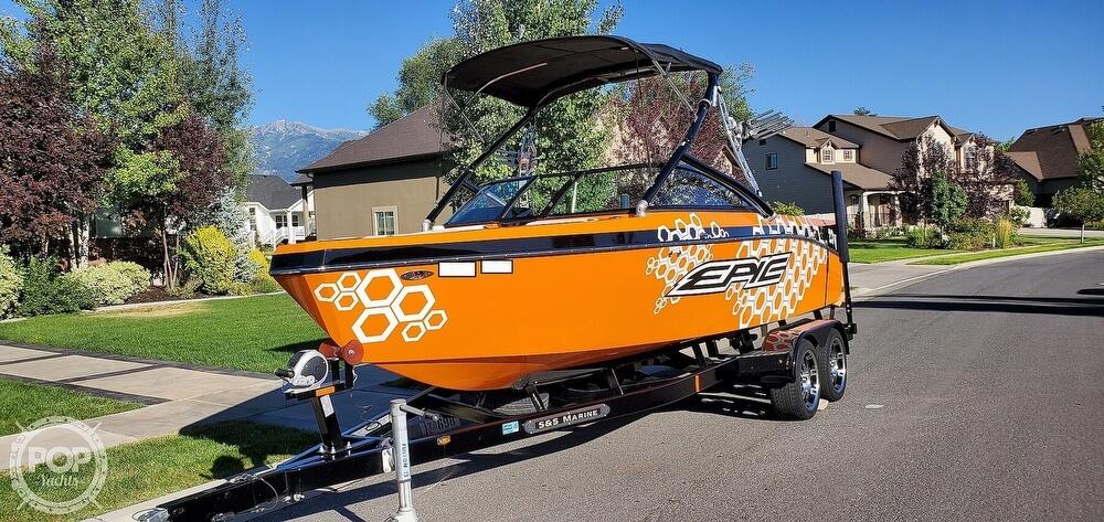 2017 Epic boat for sale, model of the boat is 23V & Image # 27 of 40