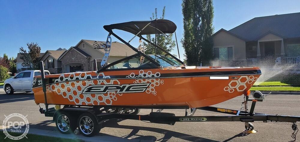 2017 Epic boat for sale, model of the boat is 23V & Image # 5 of 40