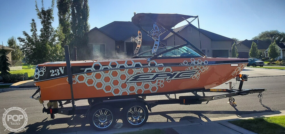 2017 Epic boat for sale, model of the boat is 23V & Image # 33 of 40