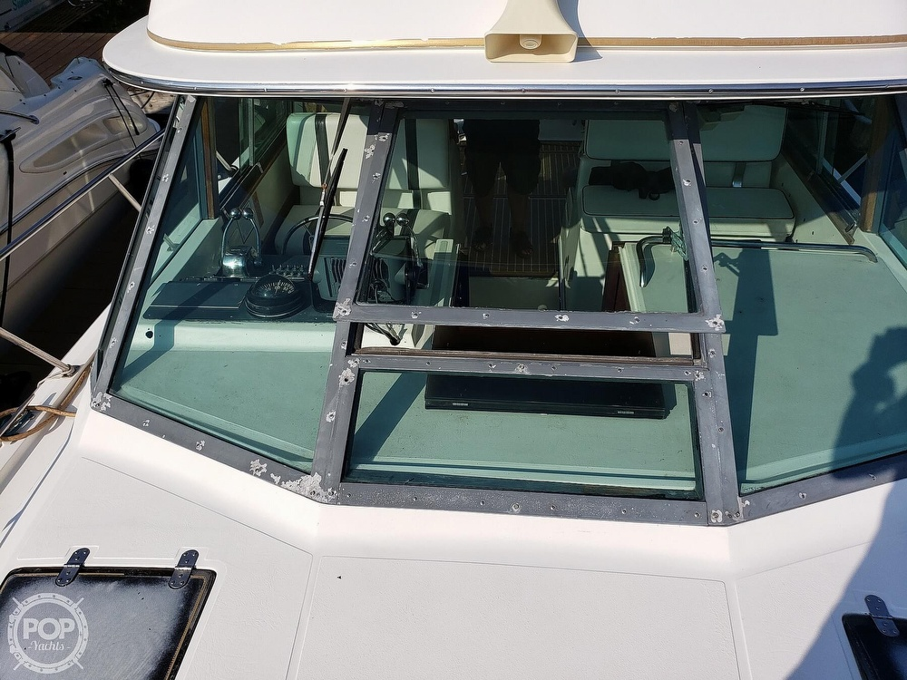 1988 Tiara Yachts boat for sale, model of the boat is 3100 & Image # 8 of 40