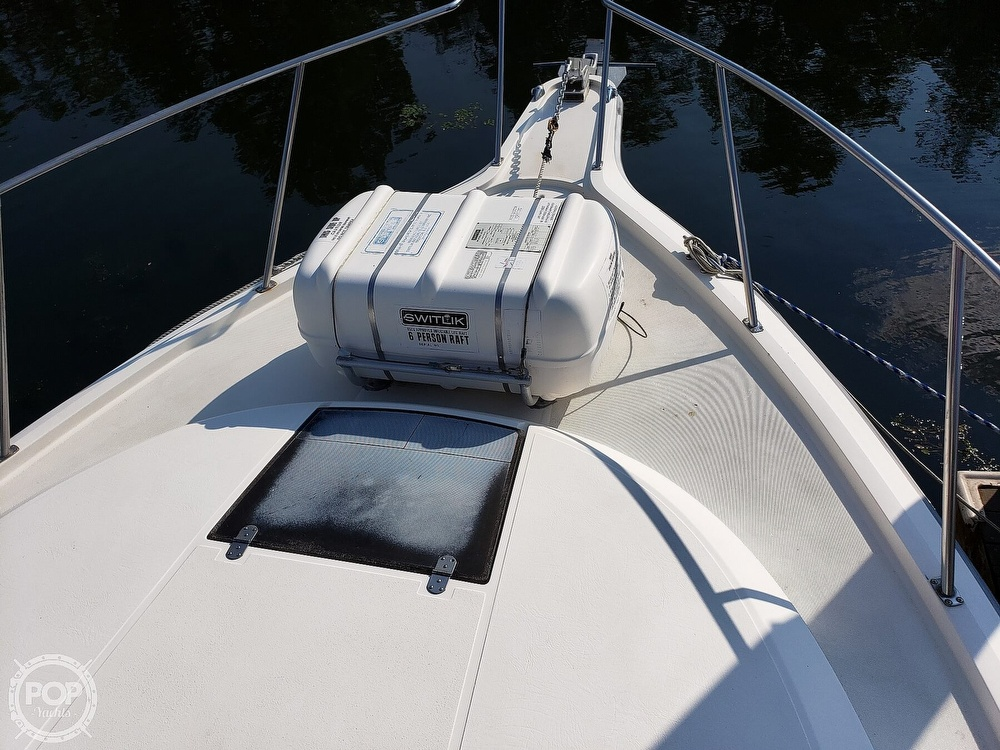 1988 Tiara Yachts boat for sale, model of the boat is 3100 & Image # 10 of 40