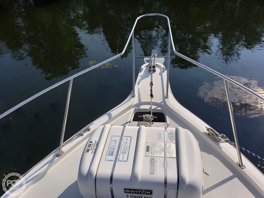 1988 Tiara Yachts boat for sale, model of the boat is 3100 & Image # 11 of 40