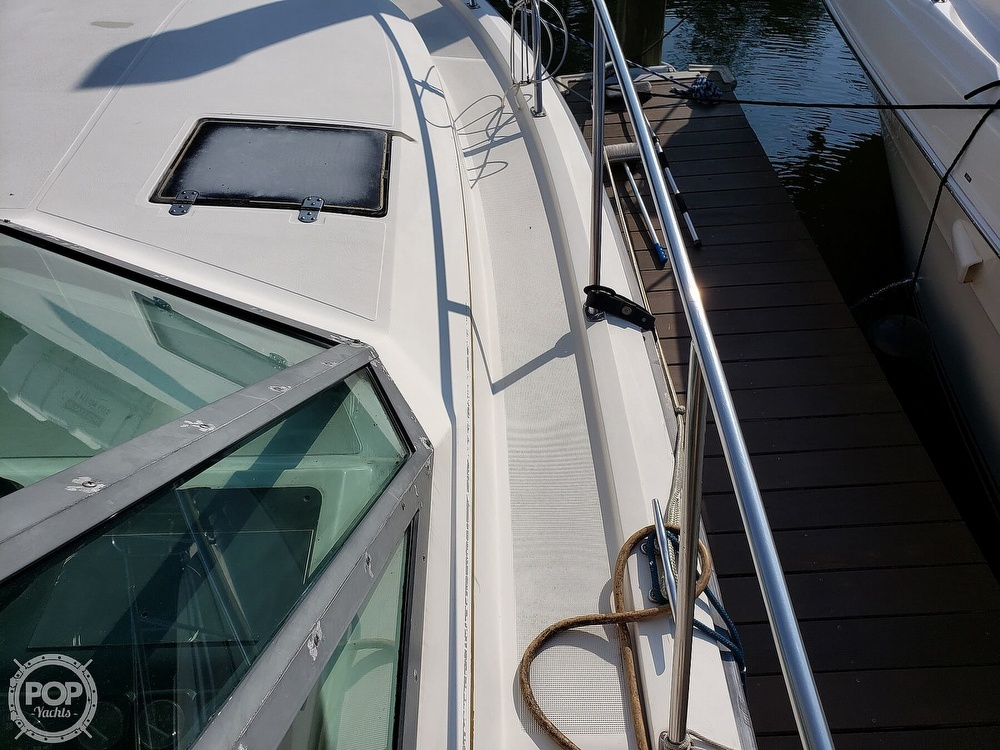1988 Tiara Yachts boat for sale, model of the boat is 3100 & Image # 14 of 40