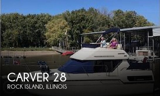 Used Boats For Sale in Cedar Rapids, Iowa by owner | 1992 Carver 28