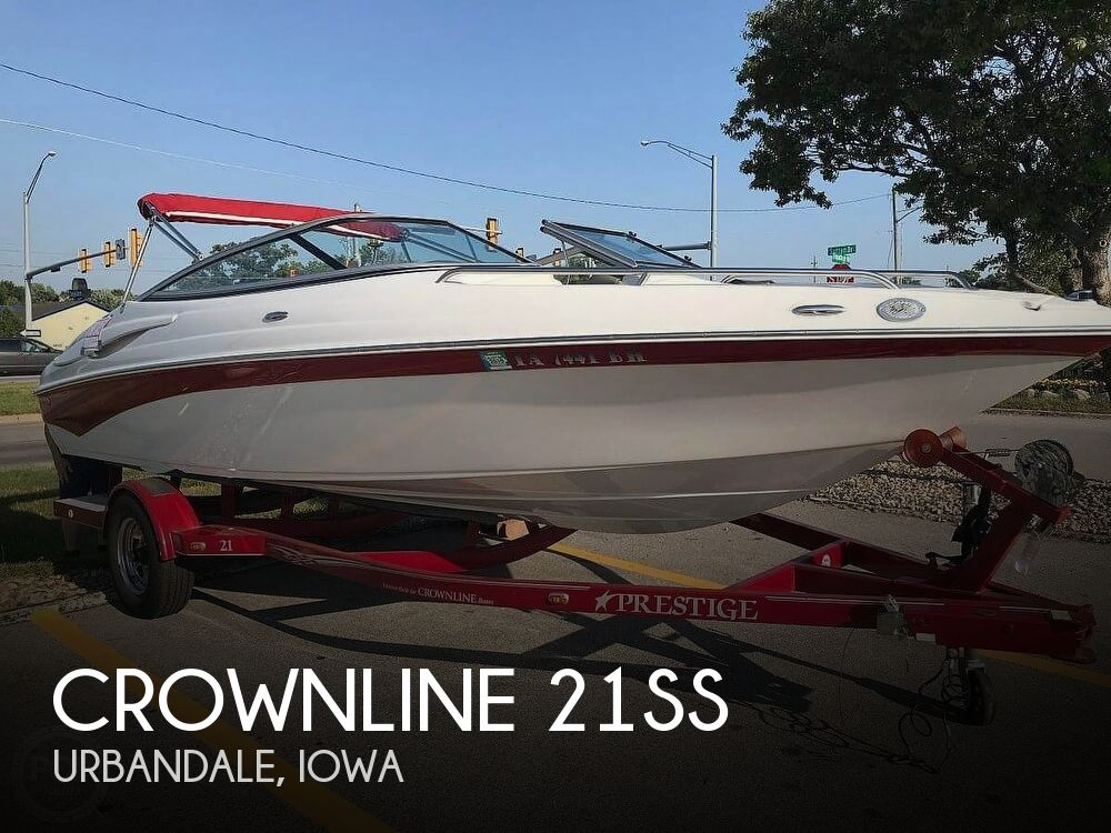 Used Boats For Sale in Des Moines, Iowa by owner | 2007 Crownline 21SS