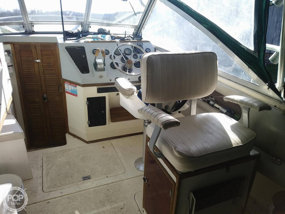 1988 Phoenix boat for sale, model of the boat is 28 Custom & Image # 5 of 25