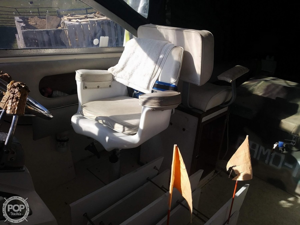 1988 Phoenix boat for sale, model of the boat is 28 Custom & Image # 6 of 25