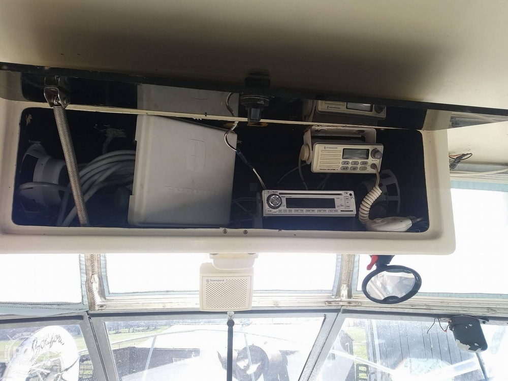 1988 Phoenix boat for sale, model of the boat is 28 Custom & Image # 13 of 25