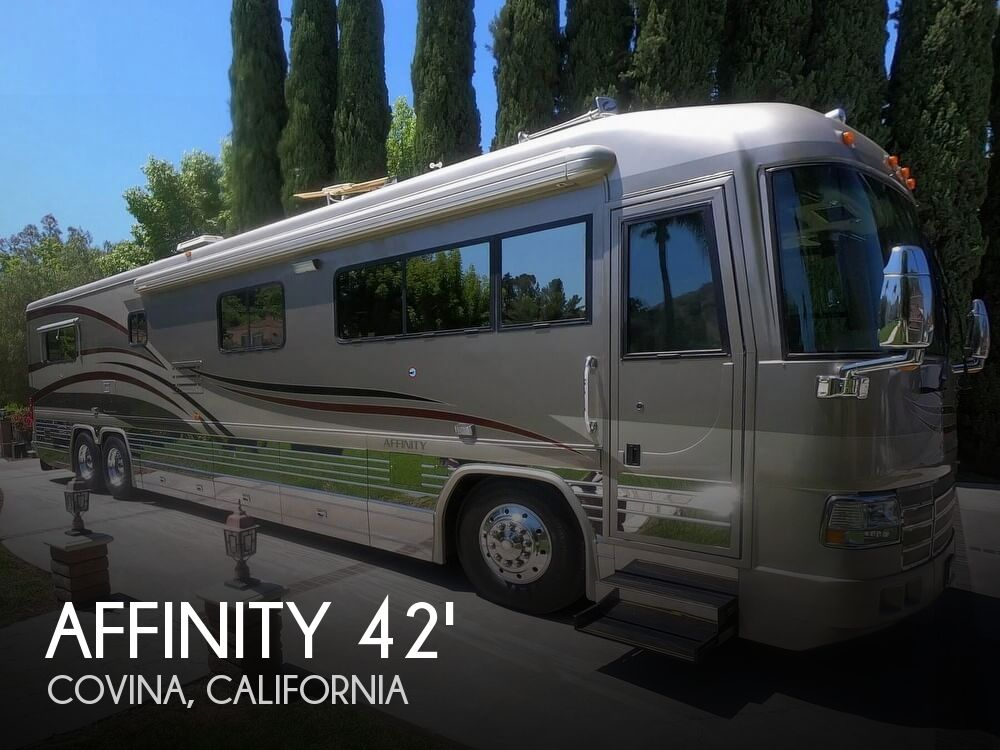 2002 Country Coach Affinity 42 BBSG Bed & Breakfast