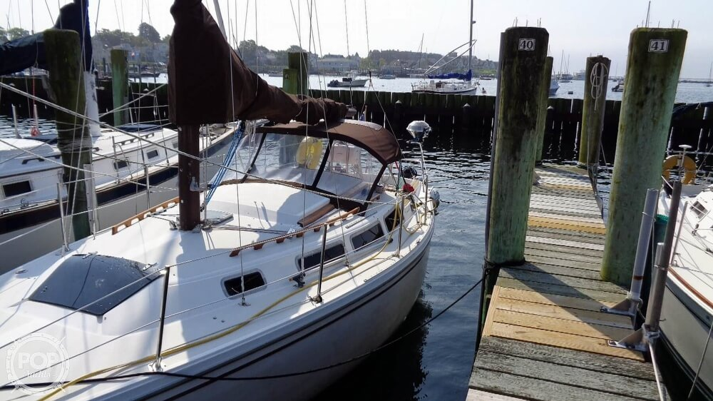 1980 Catalina Yachts boat for sale, model of the boat is 30 & Image # 9 of 40