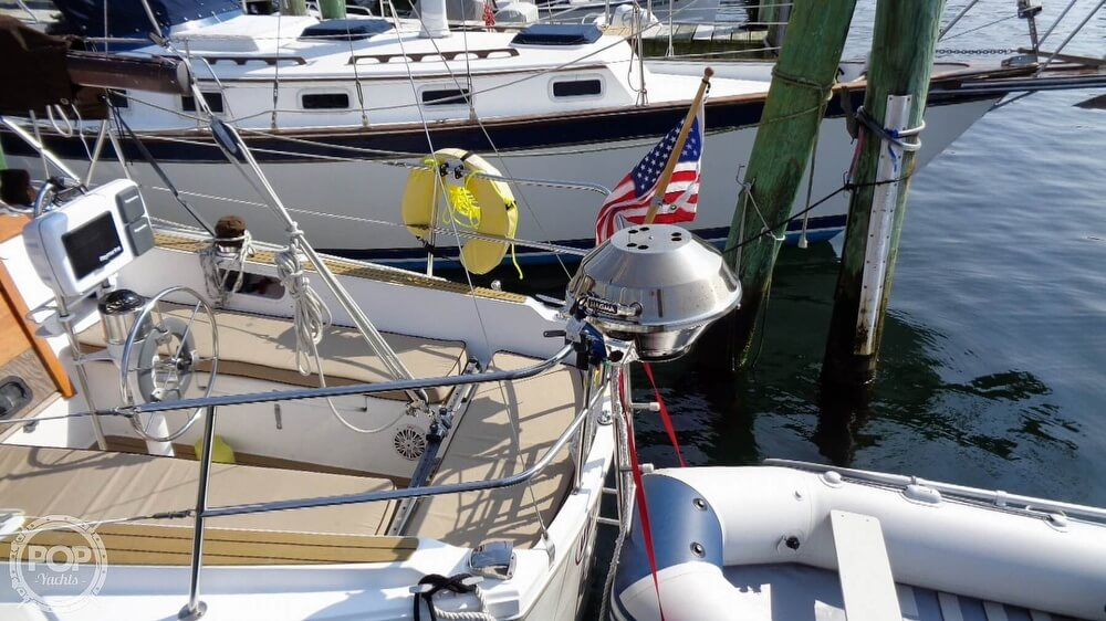 1980 Catalina Yachts boat for sale, model of the boat is 30 & Image # 11 of 40