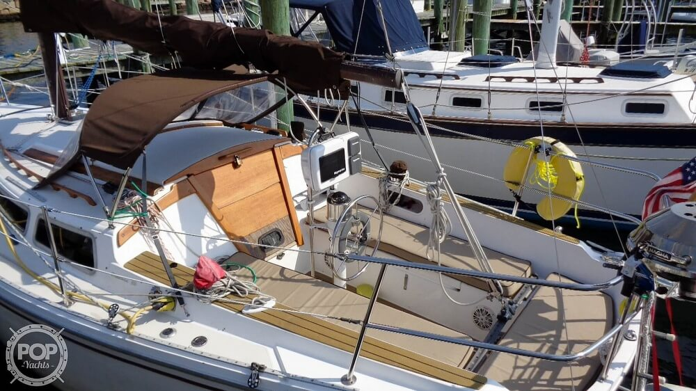 1980 Catalina Yachts boat for sale, model of the boat is 30 & Image # 21 of 40