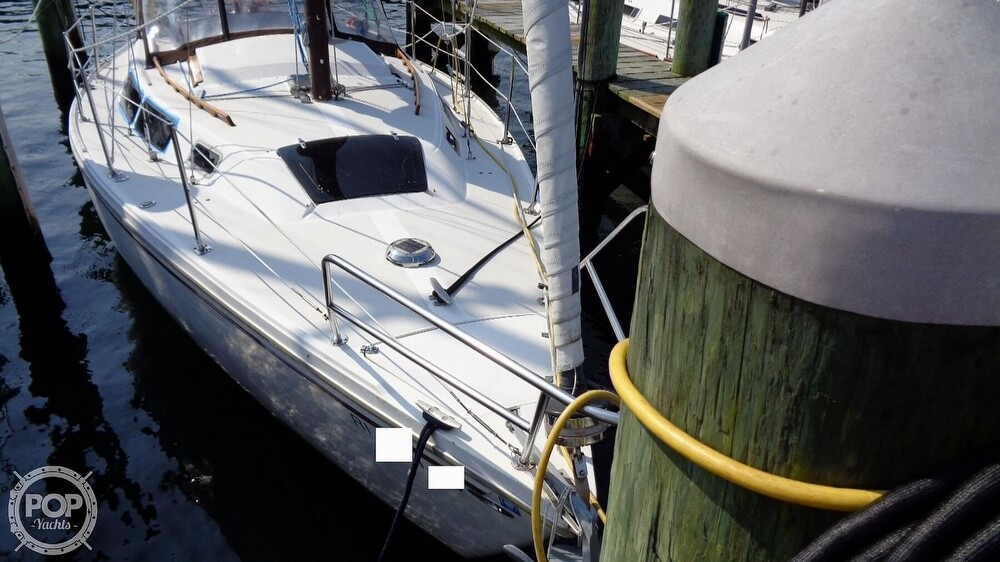 1980 Catalina Yachts boat for sale, model of the boat is 30 & Image # 34 of 40