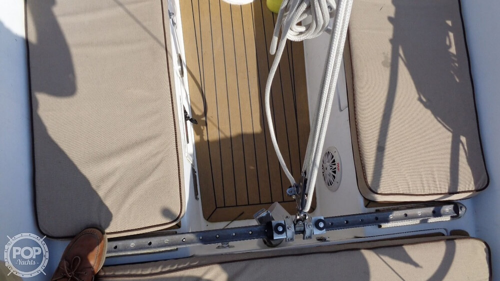 1980 Catalina Yachts boat for sale, model of the boat is 30 & Image # 39 of 40