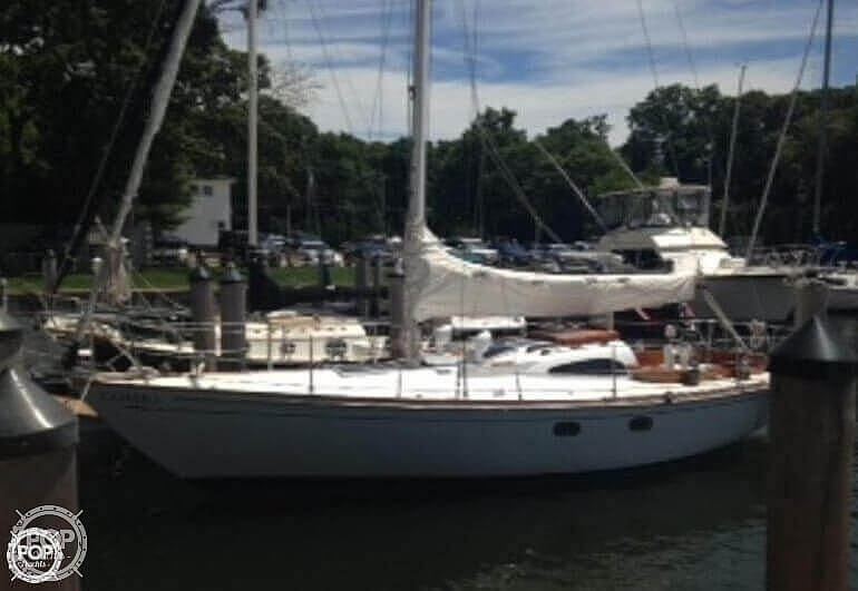 1964 Le Comte boat for sale, model of the boat is 33 Medalist & Image # 14 of 22
