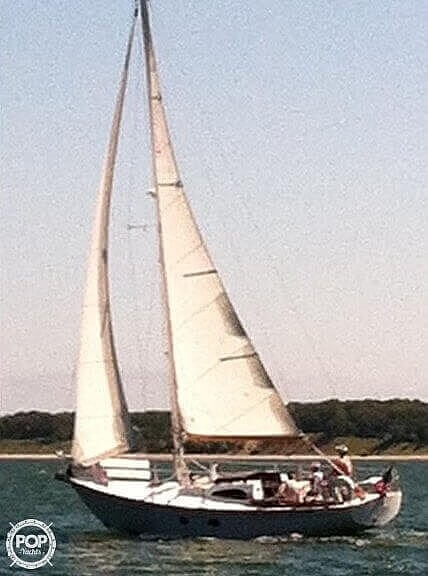 1964 Le Comte boat for sale, model of the boat is 33 Medalist & Image # 2 of 22