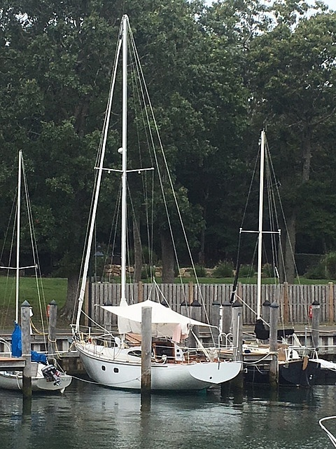 1964 Le Comte boat for sale, model of the boat is 33 Medalist & Image # 21 of 22