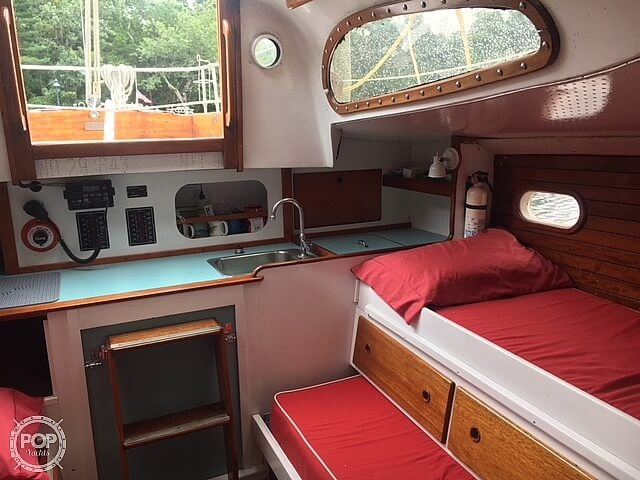 1964 Le Comte boat for sale, model of the boat is 33 Medalist & Image # 6 of 22