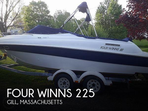 Used Four Winns 225 SUNDOWNER Boats For Sale by owner | 2002 Four Winns 225 Sundowner