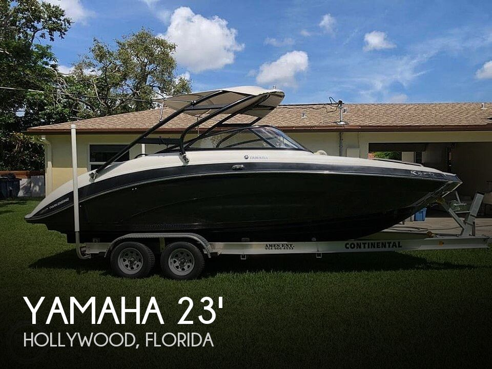 Used Yamaha Boats For Sale in Florida by owner | 2014 Yamaha 242 limited s