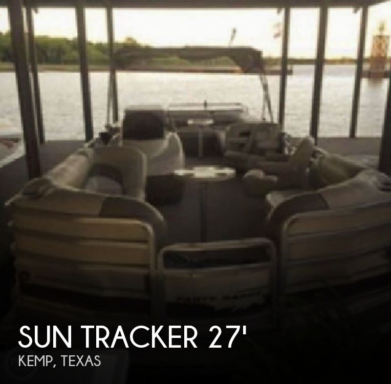 Used Tracker Boats For Sale in Texas by owner | 2001 Sun Tracker 27 Sun Tracker