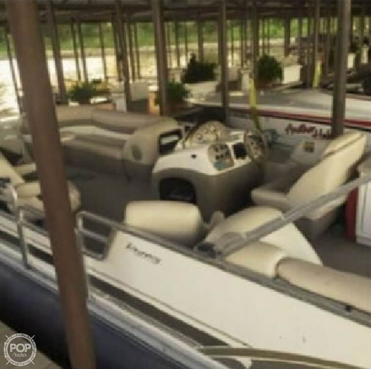 2001 Sun Tracker boat for sale, model of the boat is 27 Party Barge & Image # 11 of 33