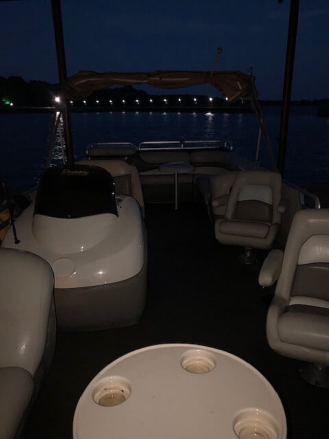 2001 Sun Tracker boat for sale, model of the boat is 27 Party Barge & Image # 10 of 33