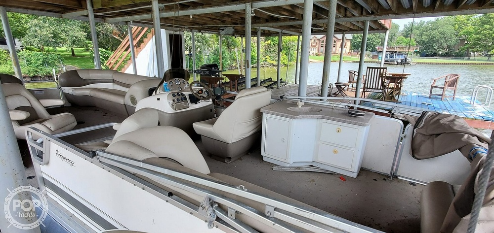 2001 Sun Tracker boat for sale, model of the boat is 27 Party Barge & Image # 6 of 40