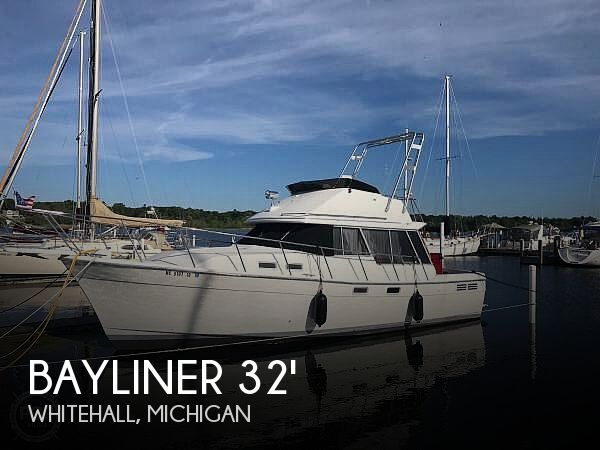 Used Bayliner Boats For Sale in Michigan by owner | 1989 Bayliner 3288