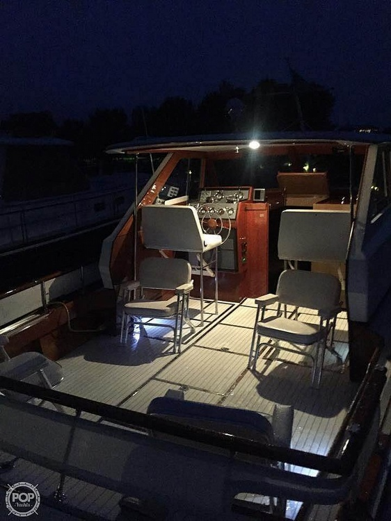 1966 Chris Craft boat for sale, model of the boat is 37 Constellation & Image # 9 of 40
